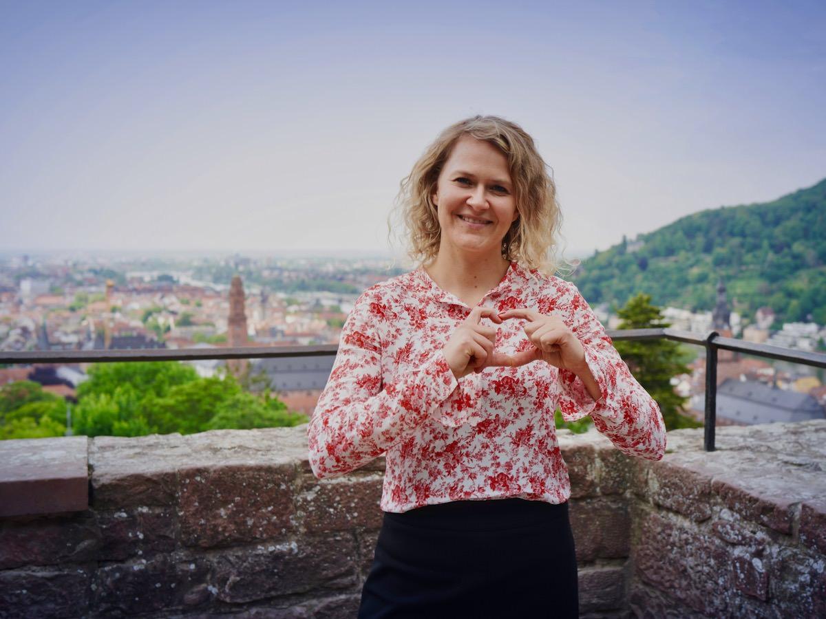 Traurednerin Ingrid Rupp bieter freie Hochzeitszeremonien an